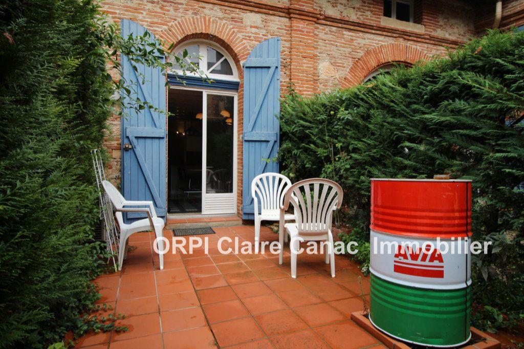 Maison à louer 2 30m2 à Lavaur vignette-2