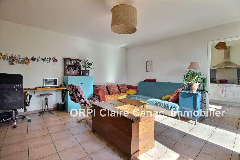 Appartement à louer 2 50m2 à Lavaur vignette-1