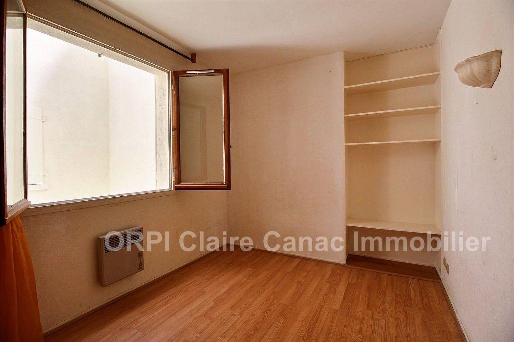 Appartement à louer 3 66.05m2 à Castres vignette-3