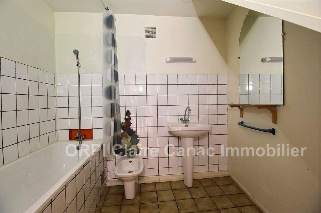 Appartement à louer 3 66.05m2 à Castres vignette-4