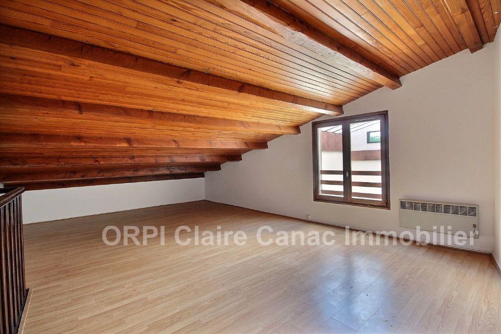 Appartement à louer 3 66.05m2 à Castres vignette-5