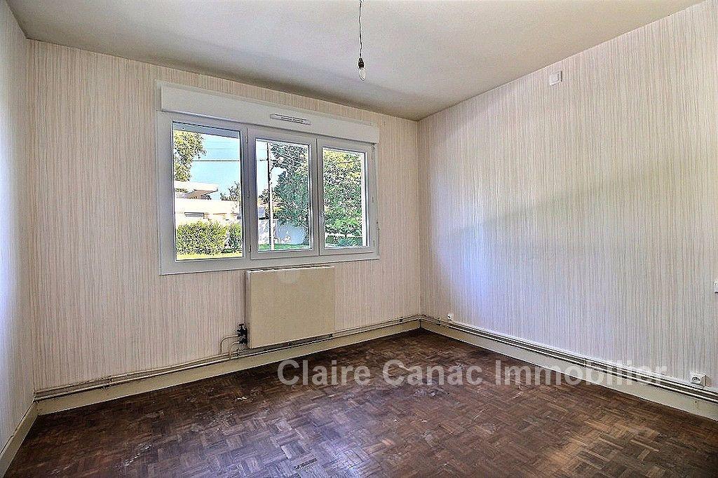 Maison à louer 5 68.95m2 à Castres vignette-6