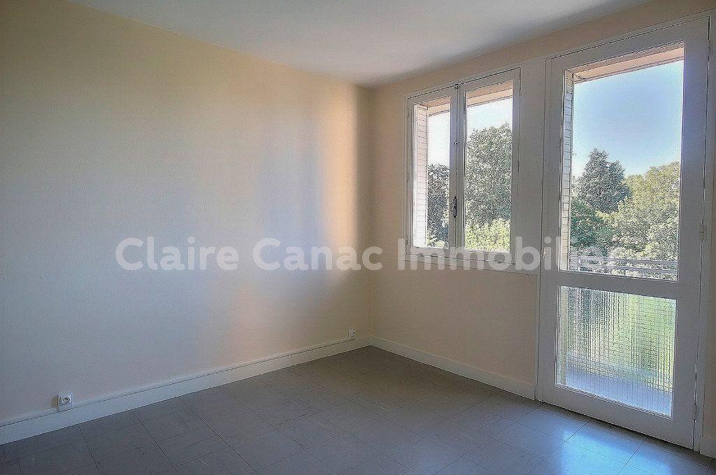 Appartement à louer 4 70.68m2 à Castres vignette-4