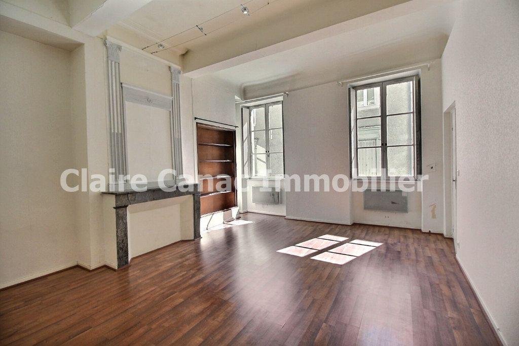 Appartement à louer 3 72.17m2 à Castres vignette-1