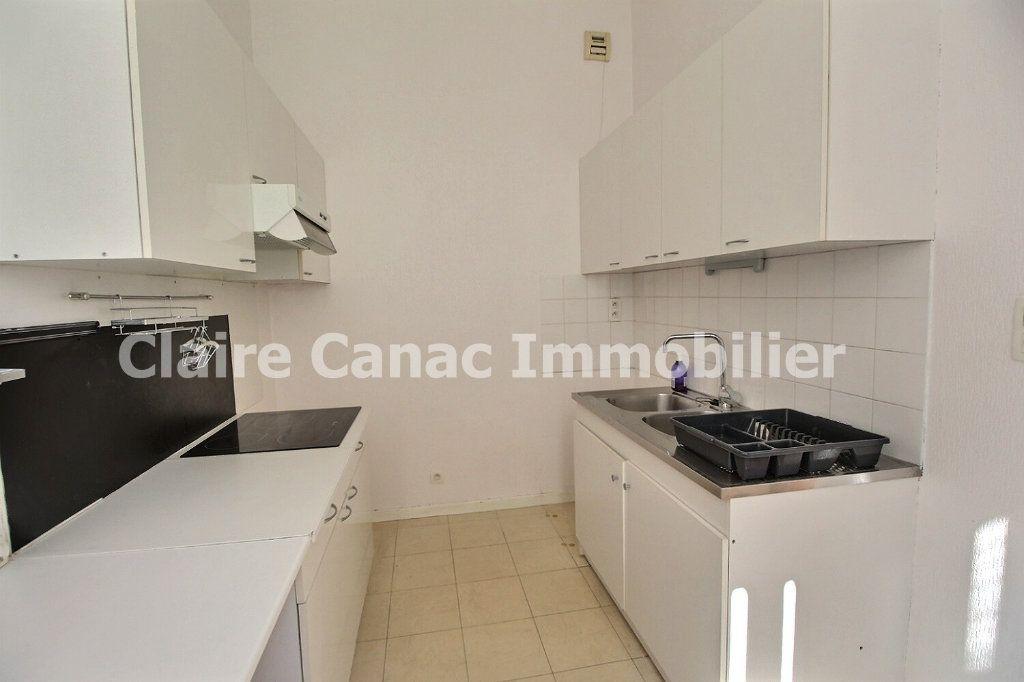 Appartement à louer 3 72.17m2 à Castres vignette-3