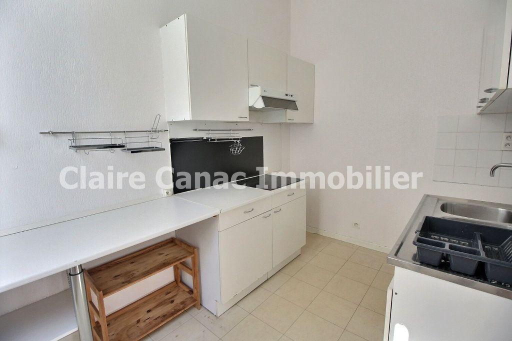 Appartement à louer 3 72.17m2 à Castres vignette-4