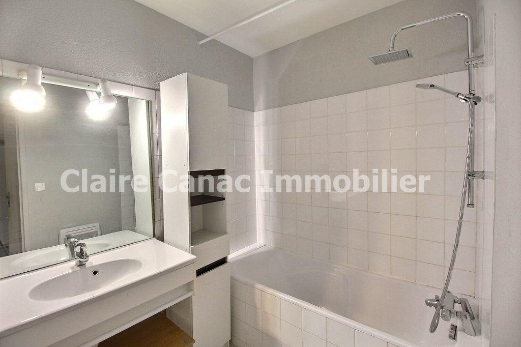 Appartement à louer 3 72.17m2 à Castres vignette-5
