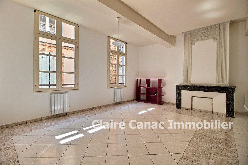 Appartement à louer 3 65m2 à Lavaur vignette-2