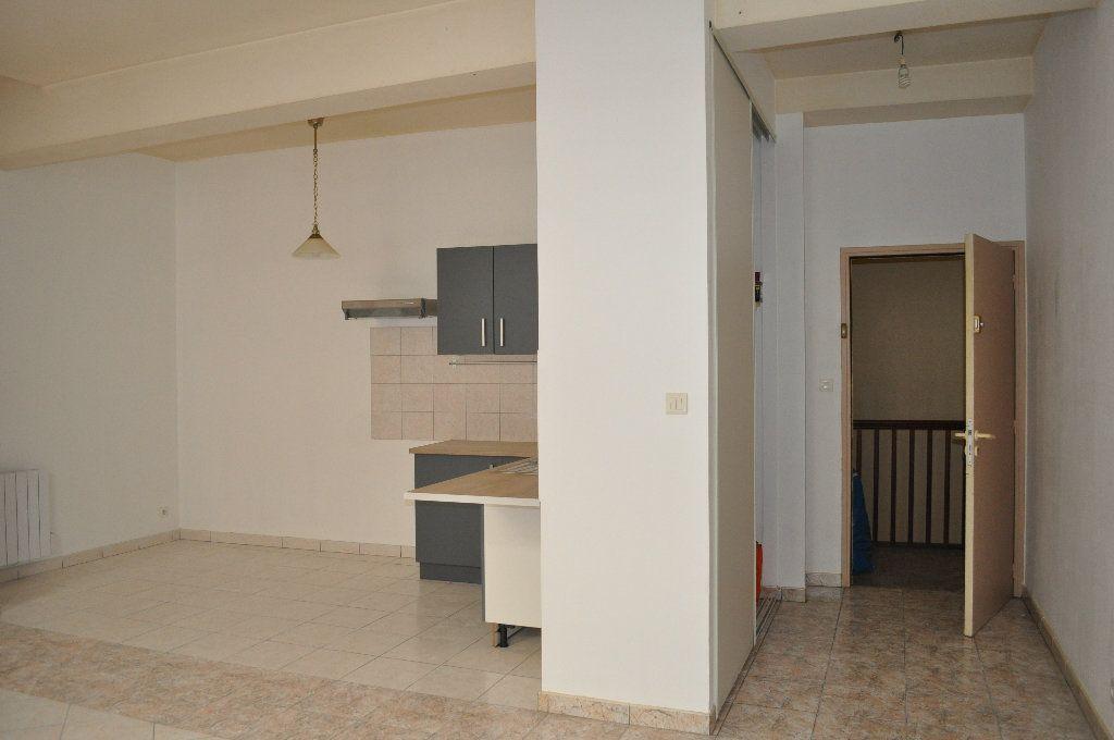 Appartement à louer 3 65m2 à Lavaur vignette-7