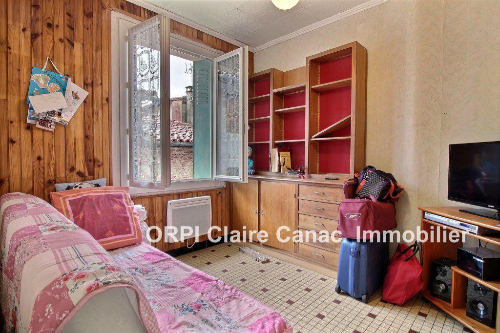 Appartement à louer 3 60m2 à Lavaur vignette-2