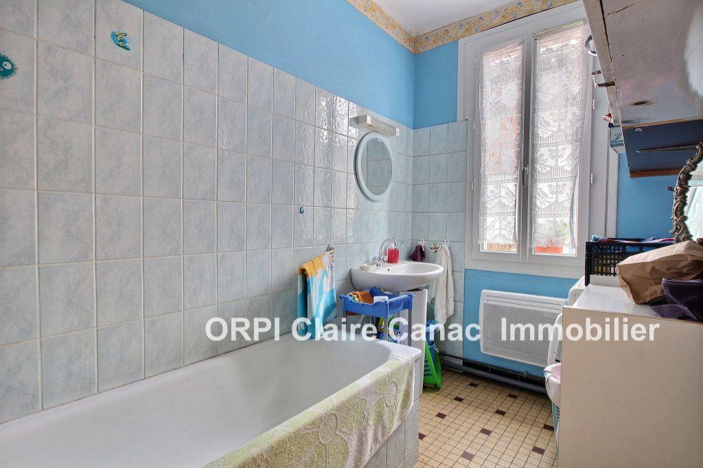 Appartement à louer 3 60m2 à Lavaur vignette-3