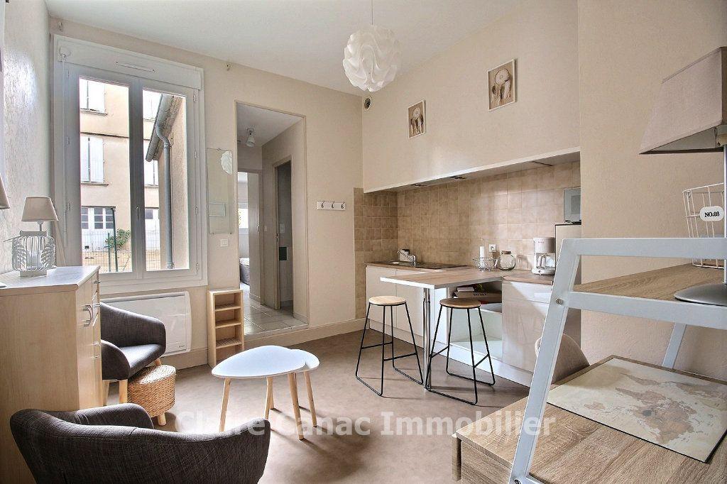 Appartement à louer 2 24.41m2 à Castres vignette-1