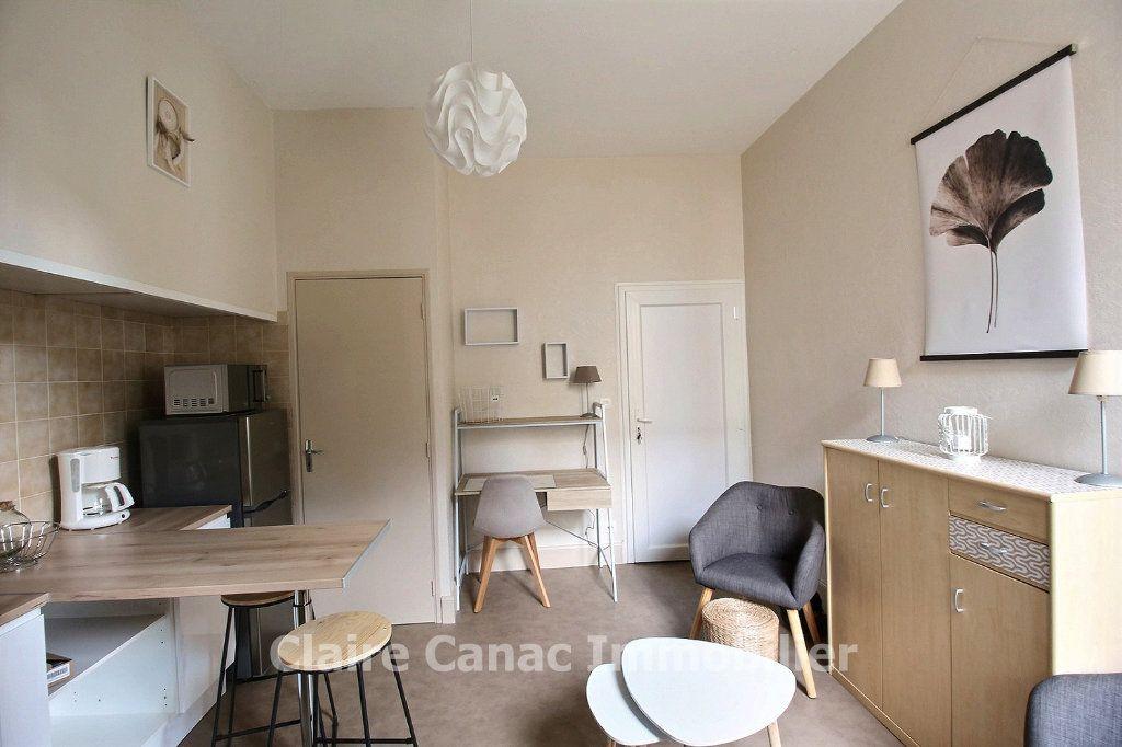 Appartement à louer 2 24.41m2 à Castres vignette-2