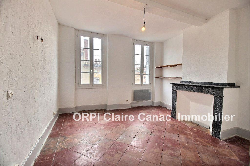 Appartement à louer 2 66m2 à Lavaur vignette-2