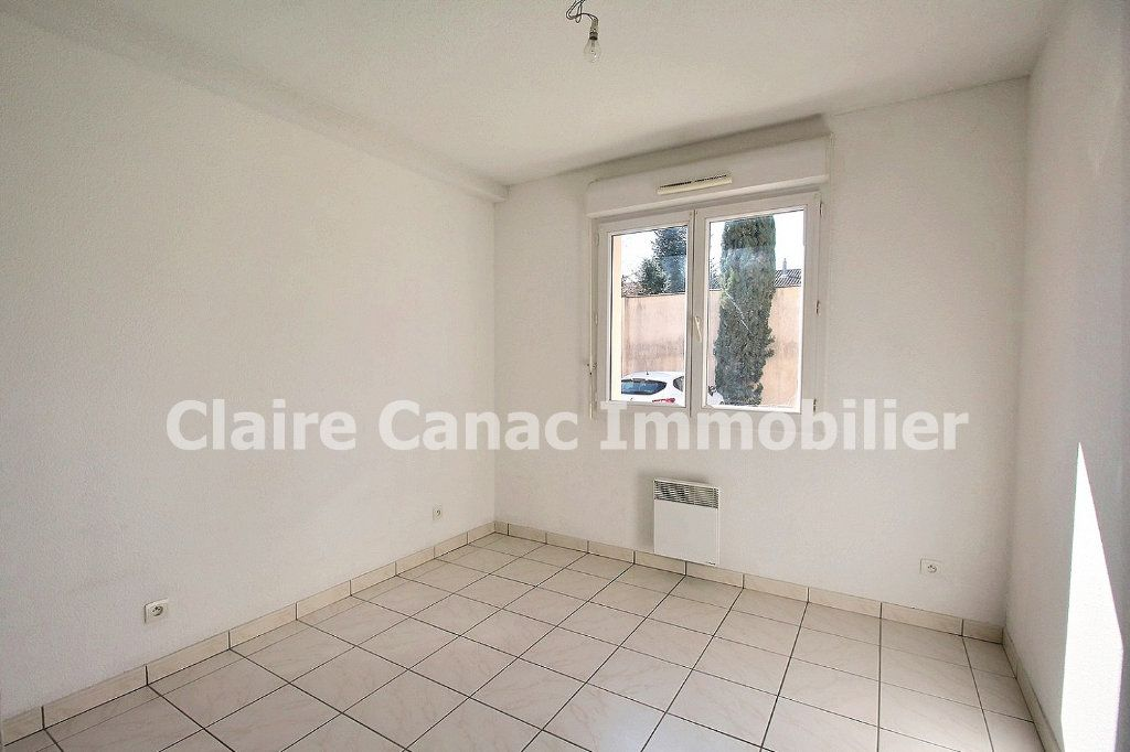 Appartement à louer 3 61.8m2 à Castres vignette-4