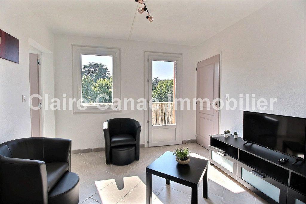 Appartement à louer 4 61m2 à Castres vignette-1