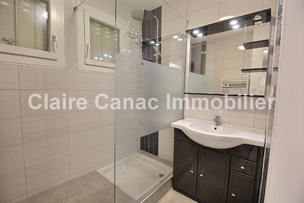 Appartement à louer 4 61m2 à Castres vignette-4