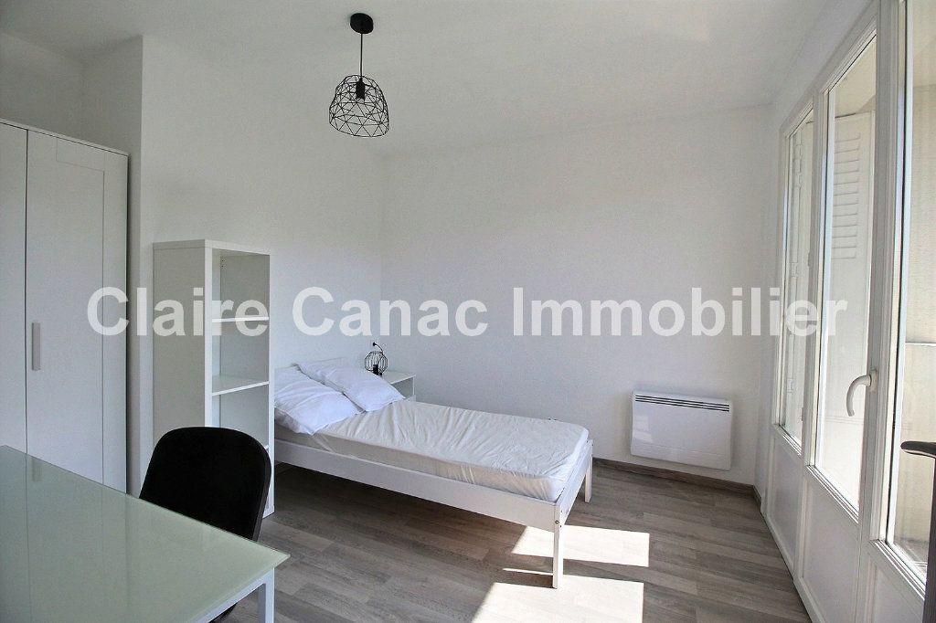 Appartement à louer 4 61m2 à Castres vignette-5