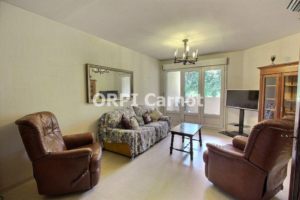 Appartement à vendre 4 90.92m2 à Castres vignette-3