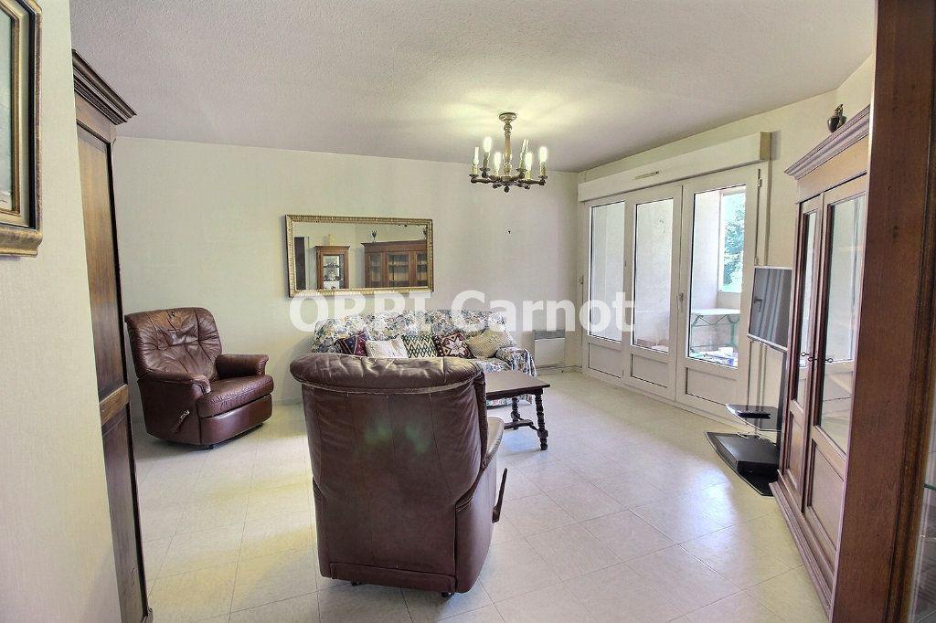 Appartement à vendre 4 90.92m2 à Castres vignette-4