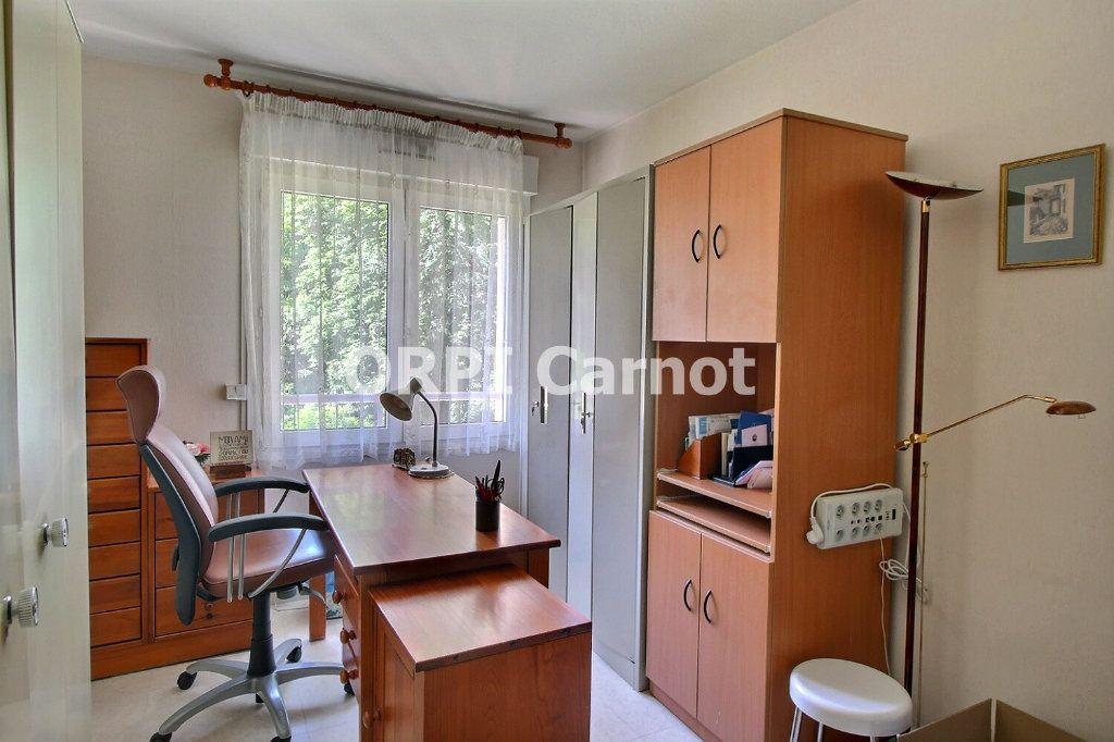 Appartement à vendre 4 90.92m2 à Castres vignette-7