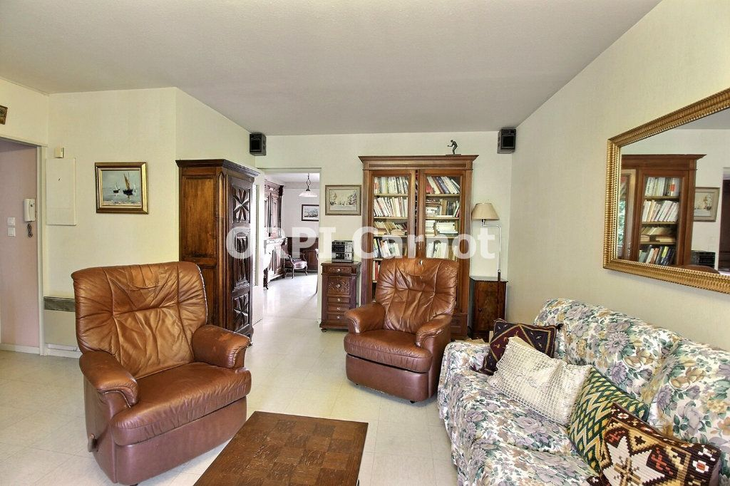 Appartement à vendre 4 90.92m2 à Castres vignette-9
