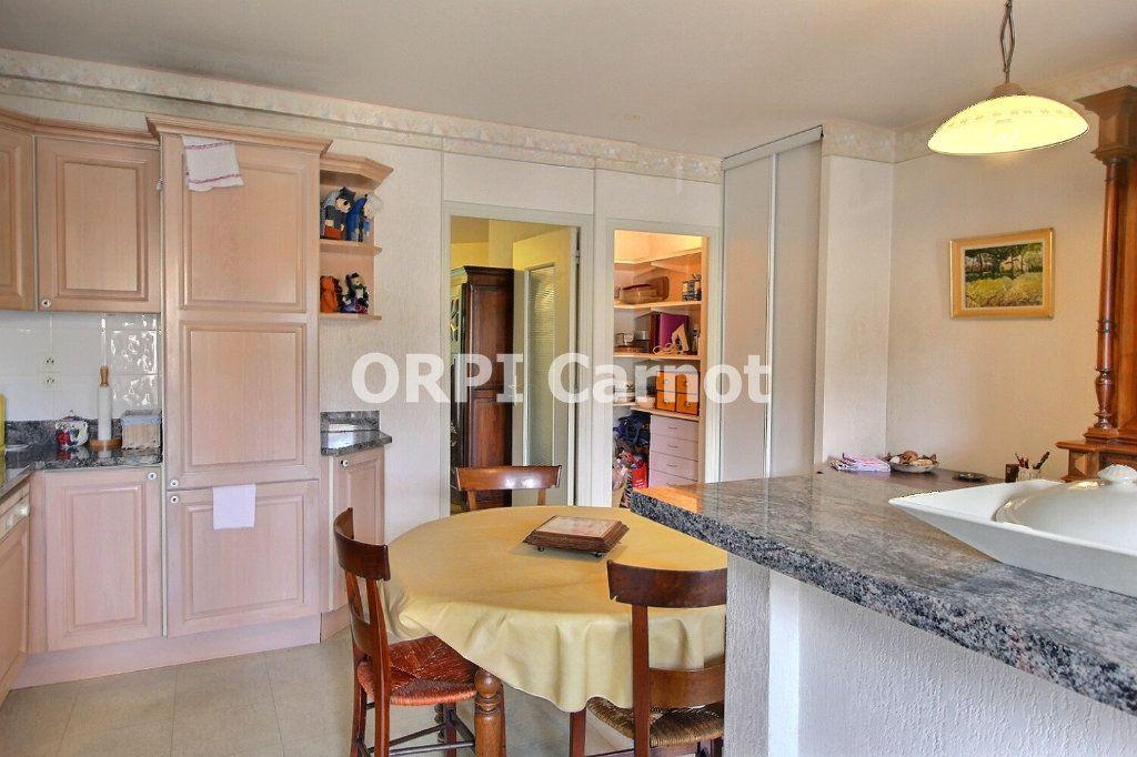 Appartement à vendre 4 90.92m2 à Castres vignette-10