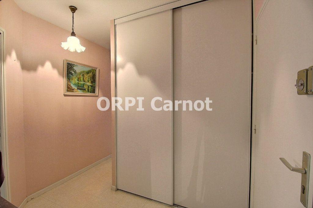 Appartement à vendre 4 90.92m2 à Castres vignette-12