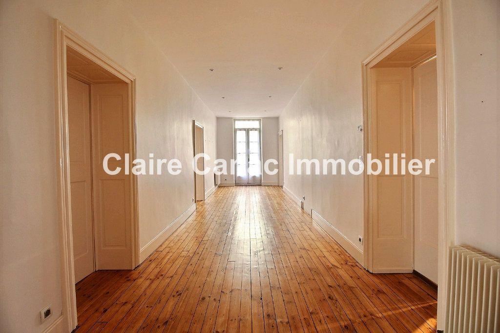 Appartement à vendre 7 160.65m2 à Castres vignette-1