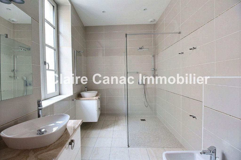 Appartement à vendre 7 160.65m2 à Castres vignette-5