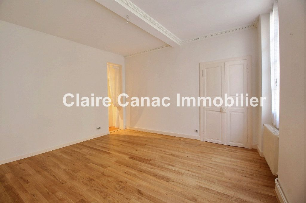 Appartement à vendre 7 160.65m2 à Castres vignette-6