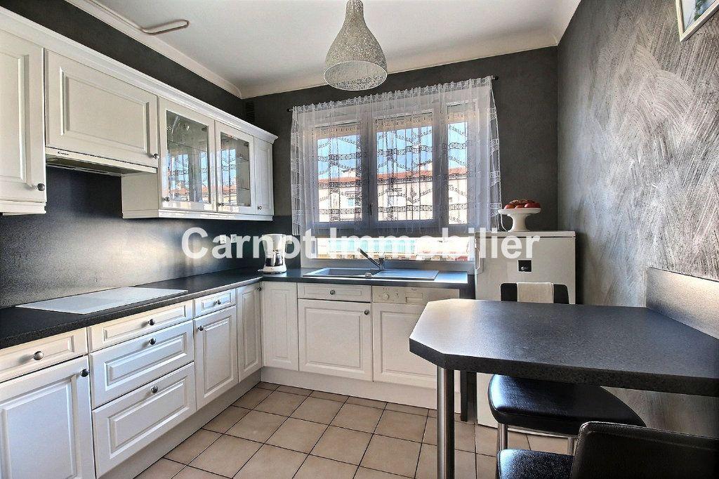 Appartement à vendre 4 93.73m2 à Castres vignette-2