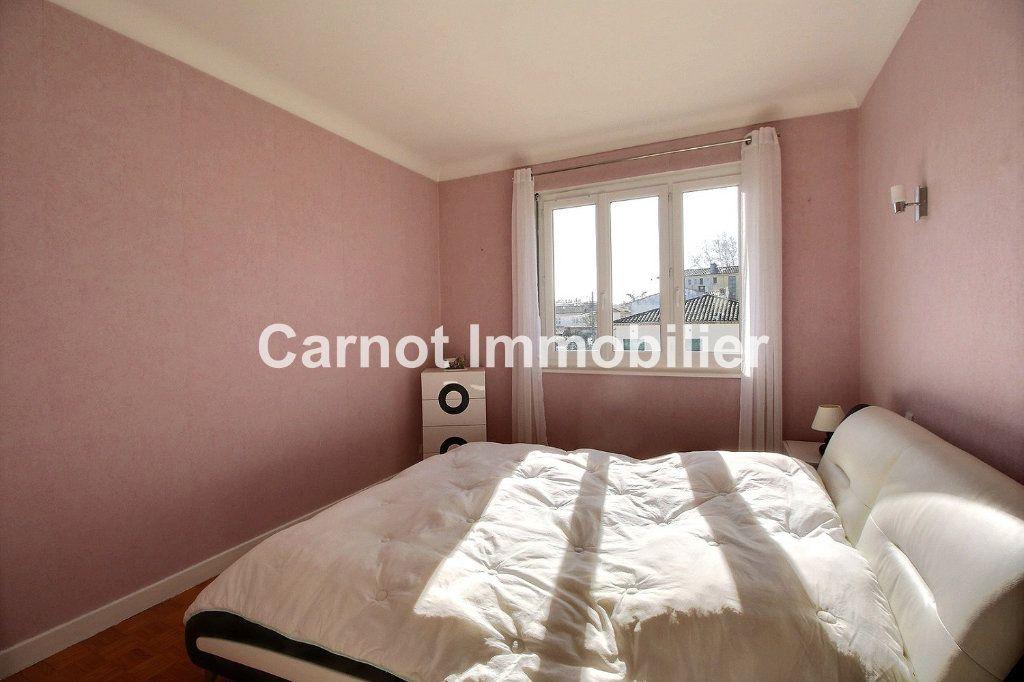 Appartement à vendre 4 93.73m2 à Castres vignette-3