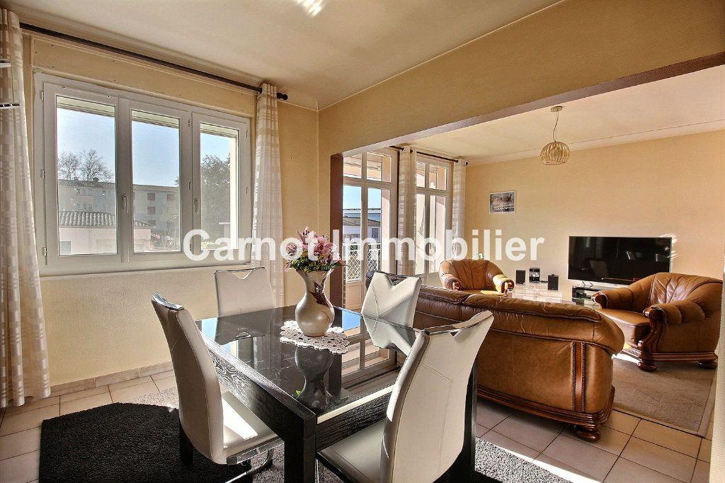 Appartement à vendre 4 93.73m2 à Castres vignette-5