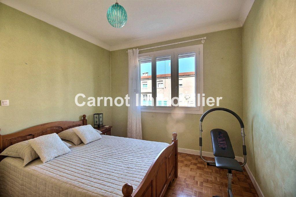 Appartement à vendre 4 93.73m2 à Castres vignette-7