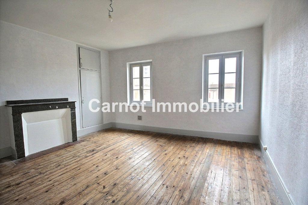 Appartement à louer 3 65.31m2 à Castres vignette-2