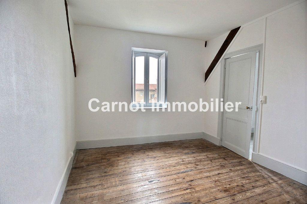 Appartement à louer 3 65.31m2 à Castres vignette-4