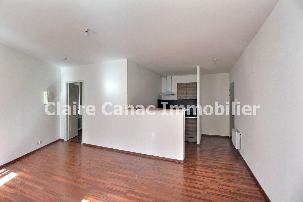Appartement à louer 2 41m2 à Castres vignette-3