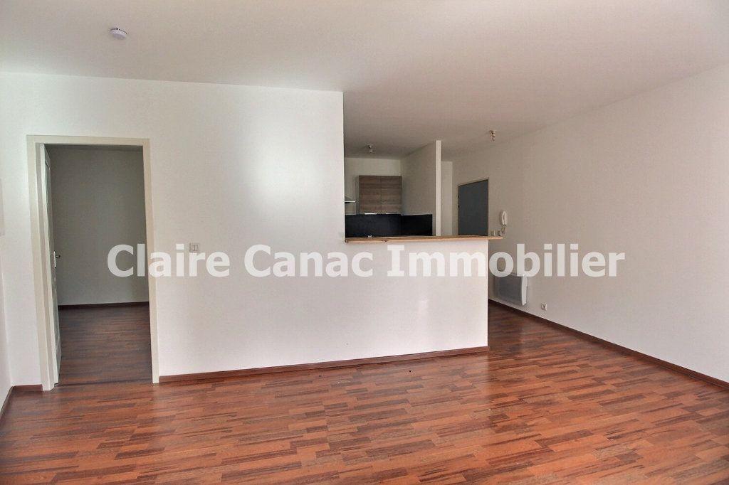 Appartement à louer 2 41m2 à Castres vignette-4