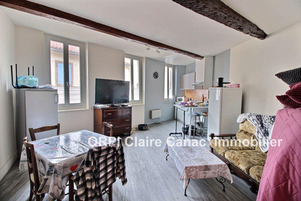 Appartement à louer 2 48m2 à Lavaur vignette-1