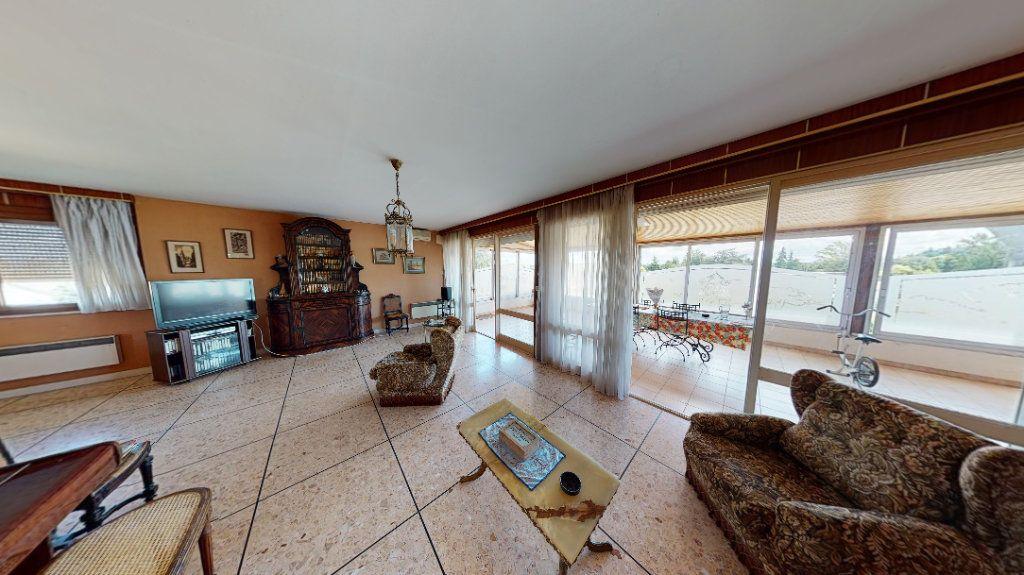 Appartement à vendre 4 209m2 à Lavaur vignette-3