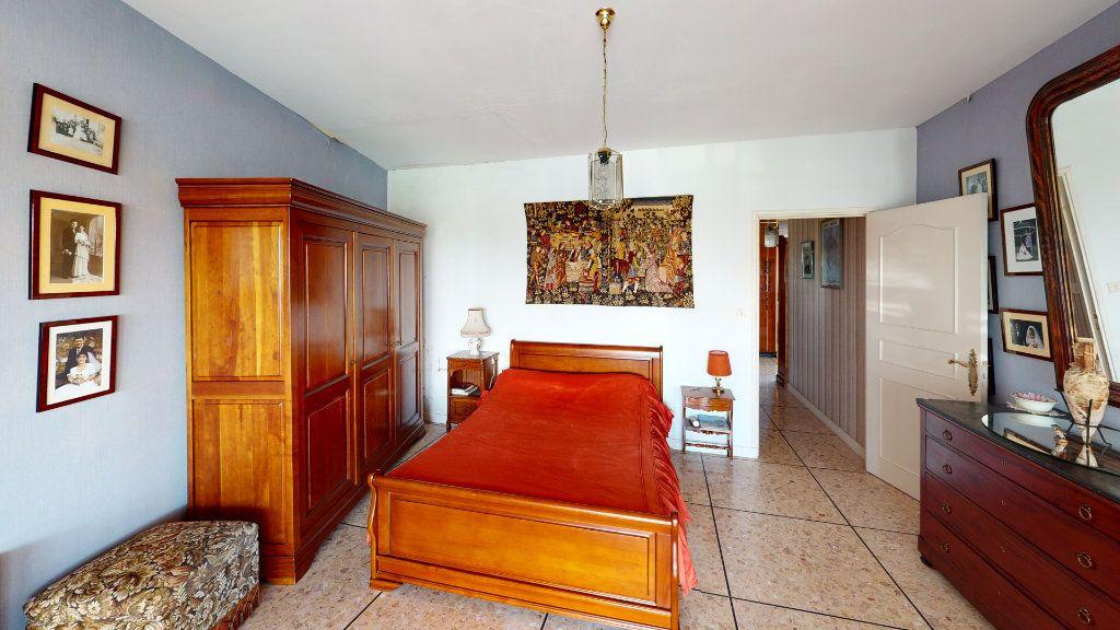 Appartement à vendre 4 209m2 à Lavaur vignette-6