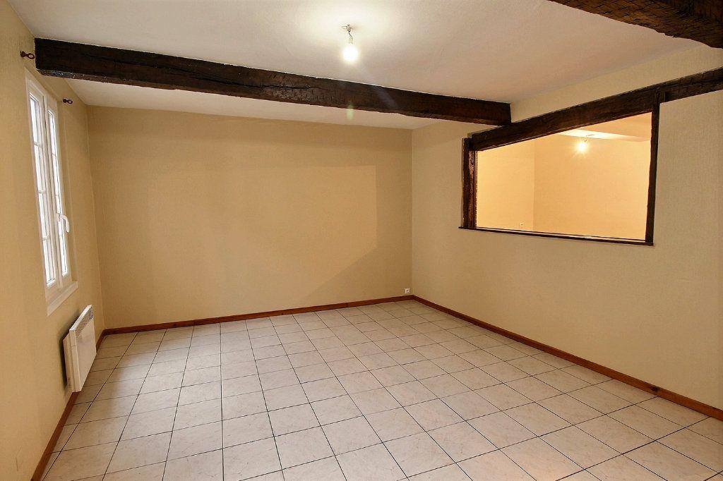 Appartement à louer 3 63.2m2 à Castres vignette-4