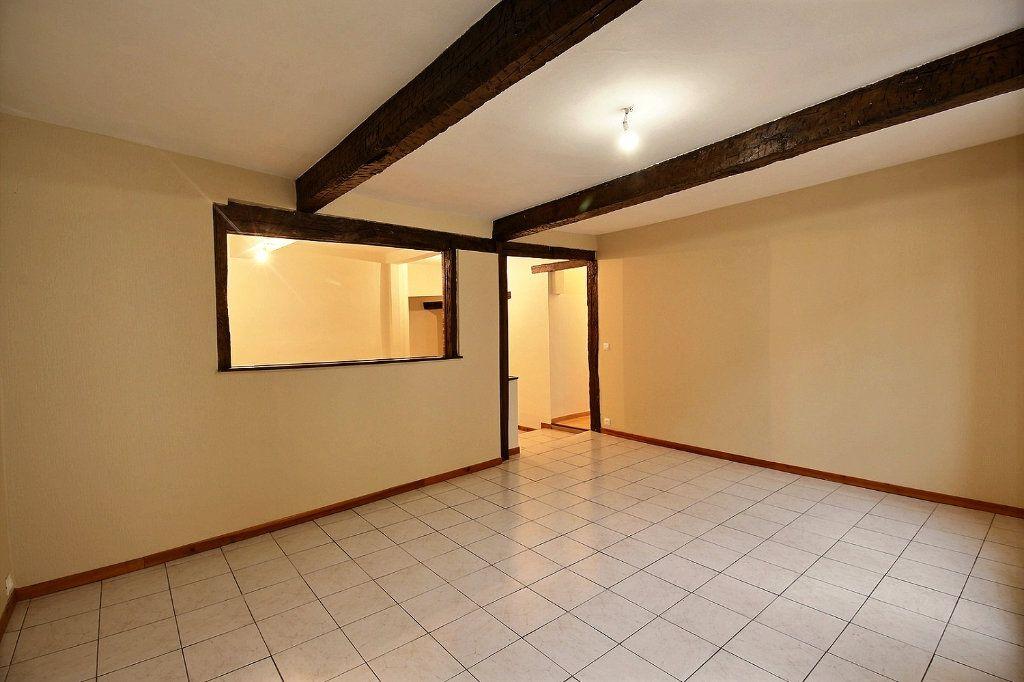 Appartement à louer 3 63.2m2 à Castres vignette-5