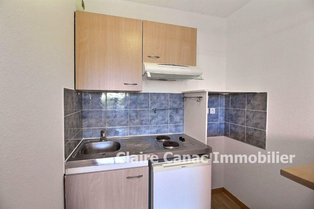 Appartement à louer 2 34m2 à Lavaur vignette-3