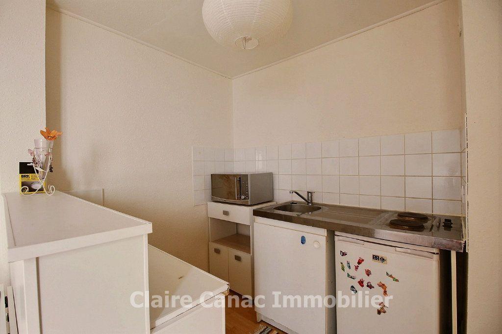 Appartement à louer 2 30m2 à Castres vignette-3
