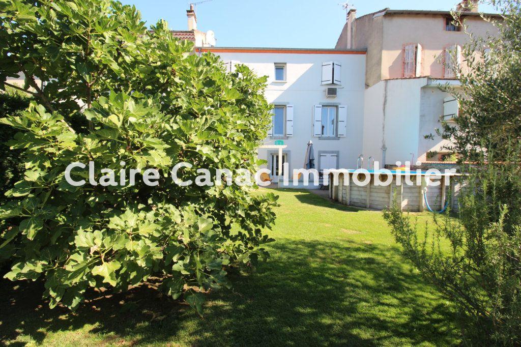Maison à vendre 7 234m2 à Castres vignette-1