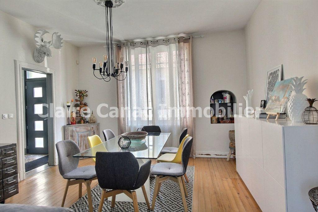 Maison à vendre 7 234m2 à Castres vignette-3