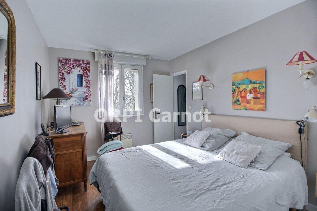 Maison à vendre 6 141.78m2 à Castres vignette-8