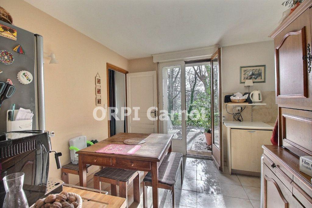 Maison à vendre 6 141.78m2 à Castres vignette-12